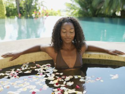 woman_spa_relaxing